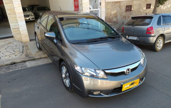 CIVIC 1.8 LXL 2011
